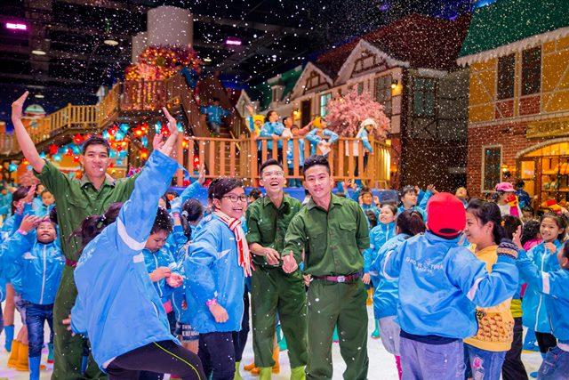 Lễ 30-4 này, đưa gia đình đến khám phá chiến trường mùa đông tại căn cứ Thị Trấn Tuyết và hạ nhiệt ngay thôi!